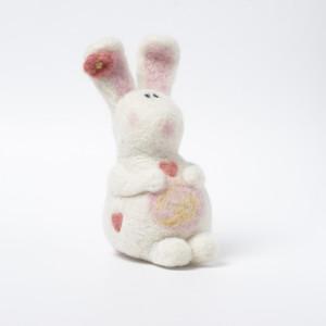 Blossom bunny needle felting kit