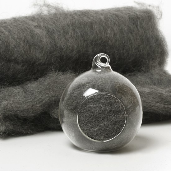 Carded Scandinavian wool 10 Grams -Grey 03